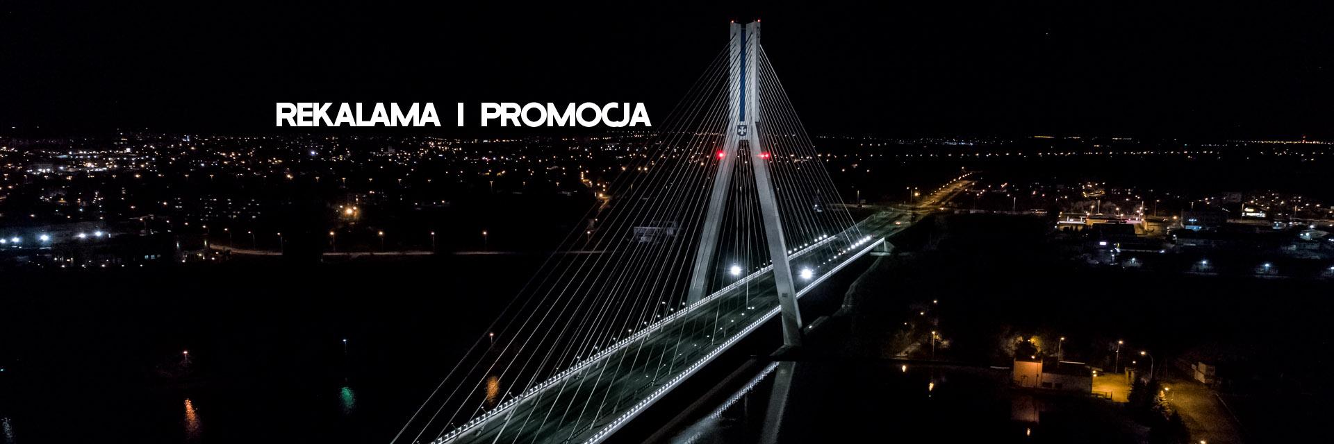 dron_rzeszów_nocą_ujęcia_reklama_film_zdjęcia_z_drona_usługi_dronem
